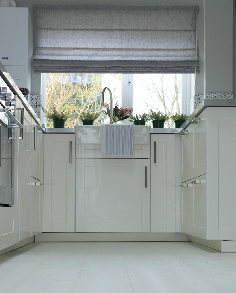 Bad_builders_bang_to_rights_kitchen_5