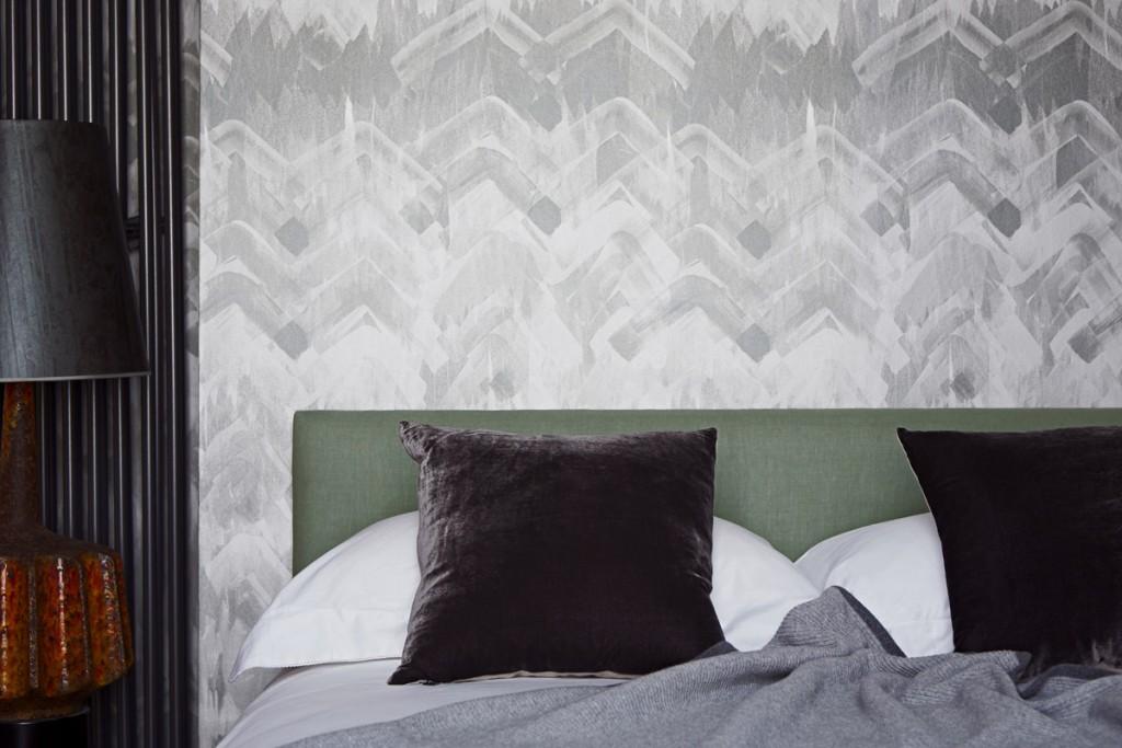 Brushed-Herringbone_Wallpaper-Grey_Rome-Deco_Lampshade-Charcoal_17-Patterns