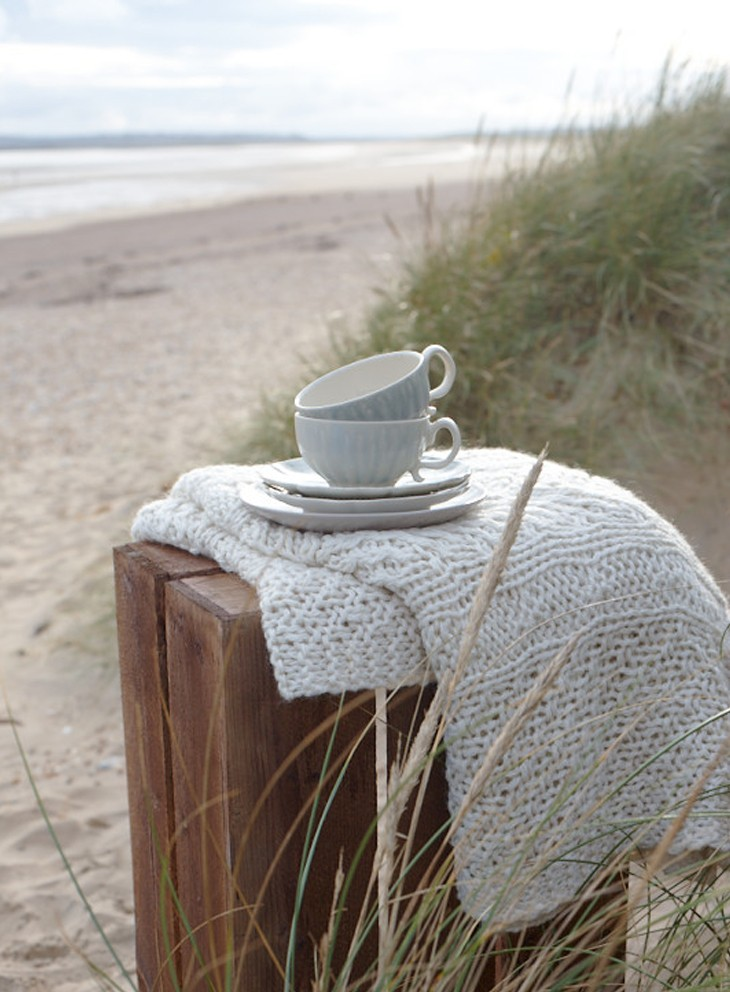 Pippa_jameson_interiors_Heart_Home_Coastal_cups