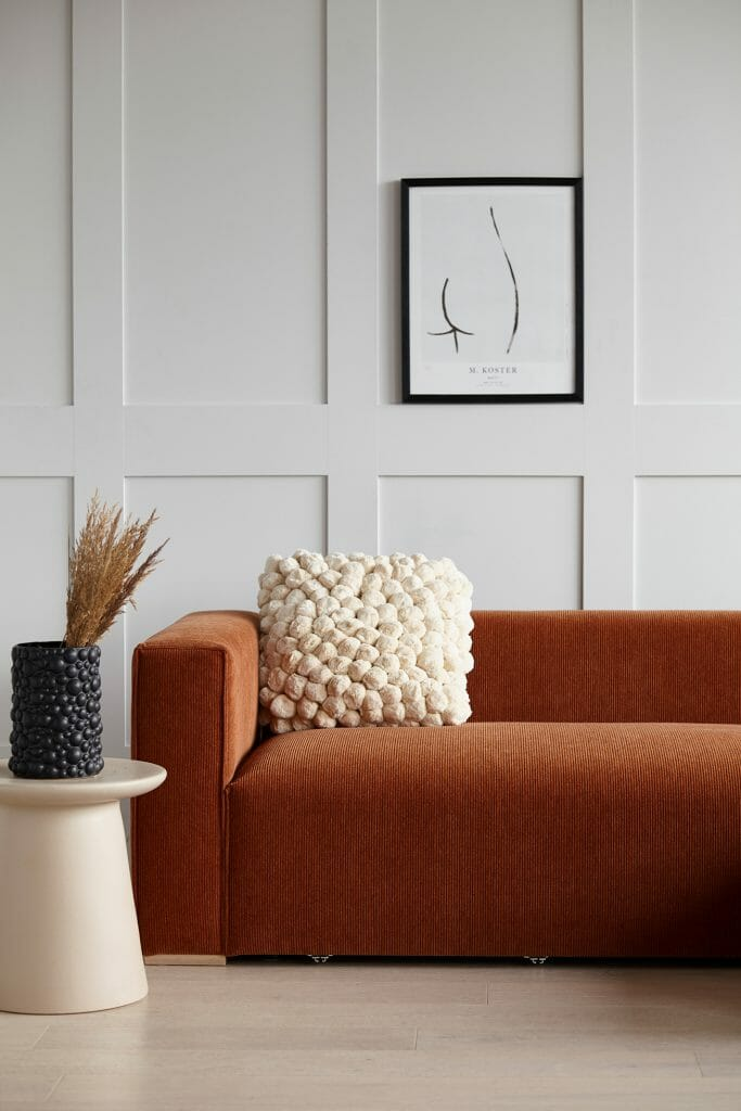 Pippa Jameson Interiors tells us the 18 Top tips when buying a sofa