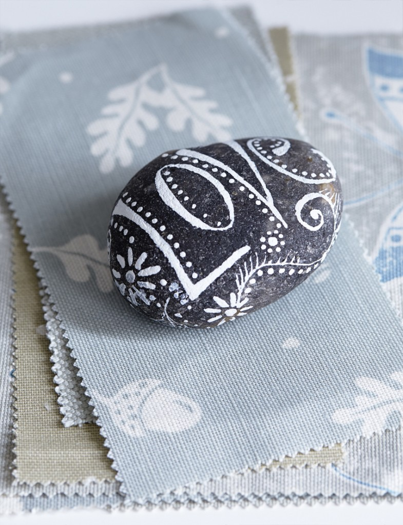Homestyle_Pippa_Jameson_Interiors_paperweight