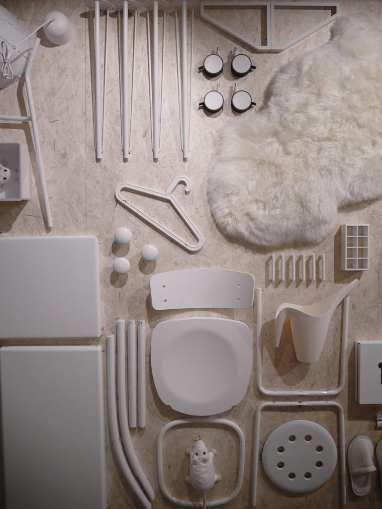 Ikea_museum_white
